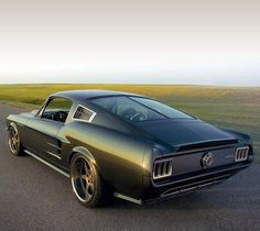 Nuclear - Themed 1967 Reactor Mustang, took 2000 hrs. to construct & features a Roush 427 IR engine outputting 551 hp. Ford Mustang Classic, 1967 Mustang, Mustang Fastback, Mustang Cars, Ford Mustang Gt, Restomod Mustang, Ford 2000, Us Cars, American Muscle Cars