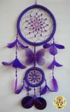 Dreamcatcher The Purple Butterfly Blue Dream Catcher, Beautiful Dream Catchers, Los Dreamcatchers, Mundo Hippie, Dream Catcher Patterns, Dreamcatcher Wallpaper, Dream Catcher Tutorial, Diy And Crafts, Arts And Crafts