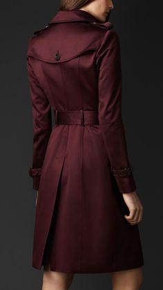 Cotton Sateen Trench Coat | Burberry. Quiero uno de este color es mucho más original que el clasico