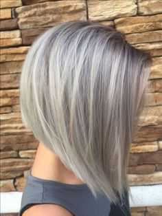 Inverted Bob Hairstyles, Straight Hairstyles, Cool Hairstyles, Stacked Haircuts, Layered Hairstyles, Beautiful Hairstyles, Hairstyles Haircuts, Hairstyle Ideas, Grey Blonde Hair