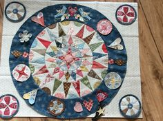 Irish Circles, again! Quilt Stitching, Applique Quilts, Embroidery Applique, Medallion Quilt, Hexagon Quilt, English Paper Piecing, Mini Quilts, Quilt Blocks, Quilt Patterns