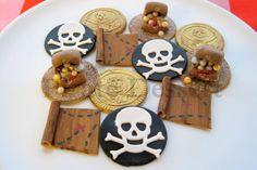 Edible pirate cupcake toppers Pirate Treasure by PirateDessert