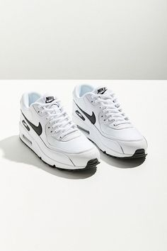 Slide View: 1: Nike Air Max 90 Mesh Sneaker