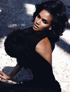 Arlenis Sosa, Dominican Model  Via: Black Berries