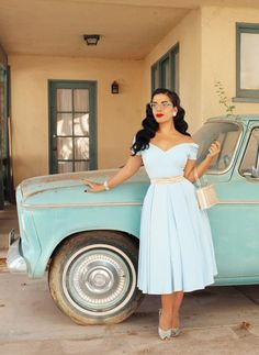 Retro Fashion Lovely PinUp in light blue dress 50s Outfits, Pin Up Outfits, Pin Up Dresses, Pretty Dresses, Retro Outfits 1950s, Floral Dresses, Fashion Dresses, Vintage Dresses 50s, Retro Dress
