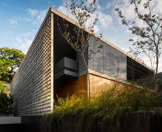 YouCanFind · Arquitetura · Projetos · Casa B+B: Modernismo Revisitado