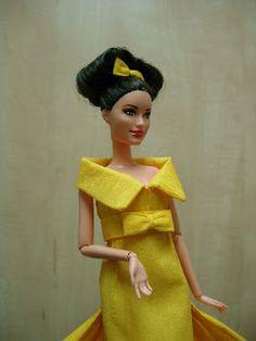 EXPOSICION DE VESTIDOS DE PAPEL Snow White, Barbie, Disney Princess, Disney Characters, Paper Dresses, Zaragoza, Exhibitions, Paper Envelopes, Patterns