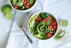 Vegaaninen burrito bowl pavuista (aka sellainen trendikäs kulhoruoka)