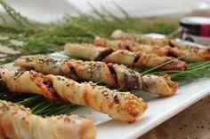 Cocinando con las Chachas: Torcidos de pan con Olivada y Queso