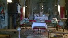 matrimonio: sfere di rose e gypsophila. pieve di San Donato. giugno 2014
