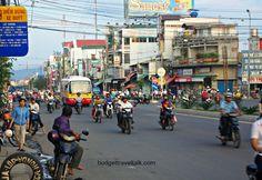Exploring Nah Trang, Vietnam by bicycle!