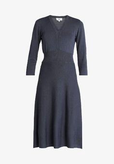 Noa Noa Stickad klänning - odyssey gray - Zalando.se 711cf29ca4f23