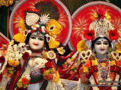http://harekrishnawallpapers.com/sri-sri-radha-rasabihari-close-up-iskcon-juhu-wallpaper-007/