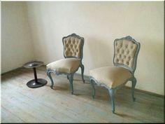 Új kárpitozású neobarokk székek