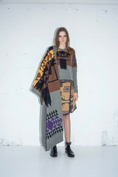 Style.com Editors Weigh In on Pre-Fall 2014 Trends blanket wraps SACAI LUCK