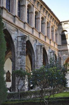 claustro de santo domingo - valencia