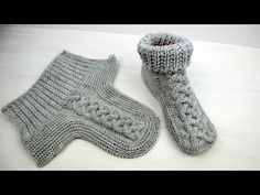 Baby Boy Knitting Patterns, Fair Isle Knitting Patterns, Knit Patterns, Baby Knitting, Knit Baby Booties, Crochet Baby Shoes, Sewing Clothes, Diy Clothes, Crochet Ripple