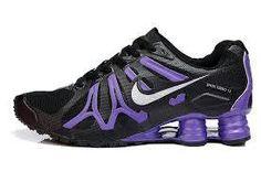 Nike shox Need and want! Nike Lebron, Purple Nike Shoes, Purple Nikes, Nike Shox, Cute Shoes, Me Too Shoes, Nike Sportswear, Nike Air Max, Baskets