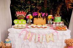 teddy bear picnic dessert table