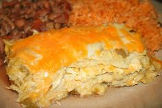 Green Chile Chicken Enchiladas via Jolts & Jollies.this looks a lot like my husband's grandmother's recipe except I wouldn't have to roll each enchilada :) Green Chili Enchiladas, Green Chicken Enchiladas, Green Chili Chicken Casserole, Chicken Soup, Chicken Tortilla Casserole, Cream Chicken, Salsa Chicken, Cooked Chicken, Mexican Chicken