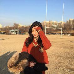 Ullzang Girls, Kpop Girls, Disney Bound Outfits, Ulzzang Korean Girl, Drama Korea, Covergirl, K Idols, Korean Singer, Girl Group