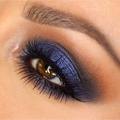 smokey blue eye makeup using metallic eyeshadow over black cream base Makeup Looks For Brown Eyes, Makeup Eye Looks, Beautiful Eye Makeup, Blue Eye Makeup, Perfect Makeup, Eyebrow Makeup, Navy Makeup, Prom Makeup, Blue Eyeshadow