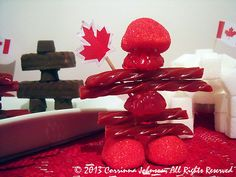 How to Make Inukshuk-Inspired Treats for Canada Day Fun Food, Good Food, Canada Holiday, Remembrance Day, Canada Day, Diy Crafts For Kids, Esl, Kids Meals, Party Themes