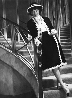 Katharine Hepburn as Coco Chanel Katharine Hepburn, Only Fashion, Fashion Beauty, Mademoiselle Coco Chanel, Chanel Style Jacket, Coco Chanel Fashion, My Fair Lady, Chanel Couture, French Fashion Designers