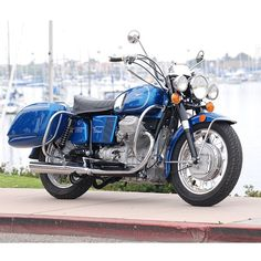 Kevin Fox's 1973.5 Moto Guzzi Eldorado police shot with medium blue metallic and Wixom saddlebags at Newport Harbor