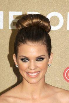 High Bun Hairstyles Miranda Kerr Simple High Bun Hairstyle For Girls  High Bun