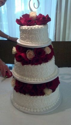 Wedding Planning: Walmart Serves Up Wedding Cakes! - Blackbride ...