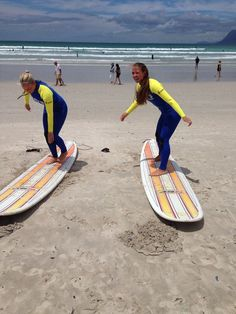 Beginner to intermediate surf lessons plus surfboard & wetsuit rentals. We will get you surfing in no time at our surf school. Cape Town Holidays, Toronto Star, California Surf, Learn To Surf, Table Mountain, Beach Tops, Surfs Up, Paddle Boarding, Trip Advisor