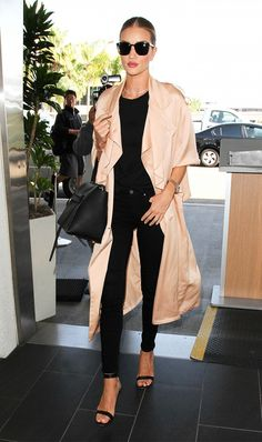 rosie-huntington-whiteley-robe