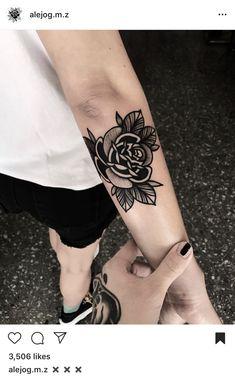 Black Ink Tattoos, Body Art Tattoos, Hand Tattoos, Sleeve Tattoos, Tattoo Black, Traditional Heart Tattoos, Traditional Tattoo Old School, Cool Chest Tattoos, Cool Tattoos