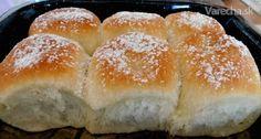 Makovo-jablkové buchty (fotorecept) - Recept Hamburger, Bread, Food, Basket, Meal, Eten, Breads, Hoods, Burgers