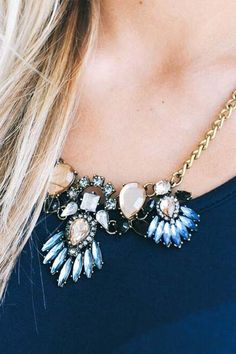 Jeweled Wing Necklace – ROUTE 32