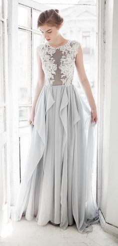 Grey wedding dress // Iris  I NEVER KNEW I WANTED A GRAY WEDDING DRESS UNTIL NOW