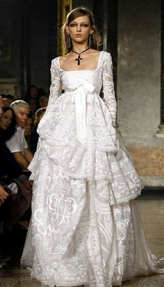 Stunning Emilio Pucci Wedding Dress Pictures Styles Ideas 2018