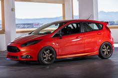 Ford Fiesta Modified, Ford Focus Sedan, Sema 2015, Ford Fiesta St, Ford Parts, Ford Ecosport, Ford News, Ford Motor Company, Hot Cars