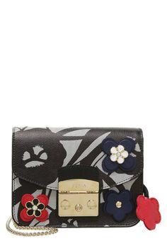 Furla сумки модные брендовые, bags lovers, http://bags-lovers.livejournal