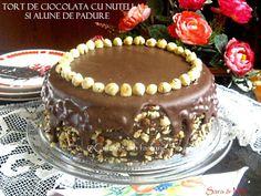 » Tort de ciocolata cu nutella si alune de padureCulorile din Farfurie Romanian Desserts, Nutella, Food Inspiration, Sweet Treats, Food And Drink, Cooking, Ethnic Recipes, Cakes, Mini