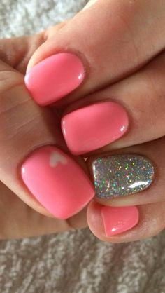 Gel Nails. Glitter Nails.