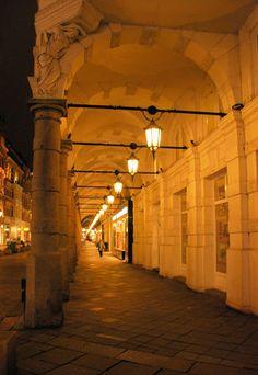 Colonnaden, Hamburg, bei Nacht
