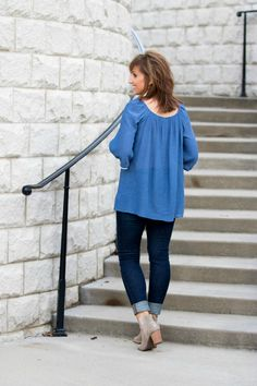 Weekend Fashion-Peasant Style Top - Grace & Beauty
