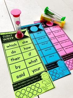 Sight word fluency has never been so easy!  These print and go sight word fluency cards are scaffolded by words in isolation and in 2-3 word phrases and organized using the Fry word lists.  These sight word fluency cards are great for independent reinforcement and practice, but also perfect for small group intervention in grades K-3.  Just print and practice!