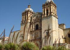 Church of Santo Domingo de Guzmán por Fotopedia Editorial Team