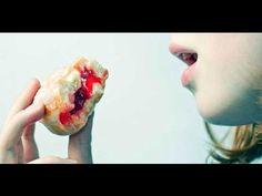 Mira Lo Que Pasa En Tu Mente Cuando Comes Demasiada Azúcar - YouTube