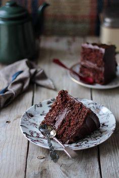 (vía Food and Cook by trotamundos » Chocolate carrot cake (Tarta de zanahorias de chocolate))