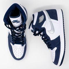 Dr Shoes, Cute Nike Shoes, Swag Shoes, Cute Sneakers, Nike Air Shoes, Hype Shoes, Shoes Sneakers, Sneakers Fashion, Nike Air Jordans
