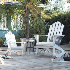 Der Schaukelstuhl CAPE COD Macht Sich Auch Toll In Einer Sitzgruppe. Auf  Diesem Weißen Outdoor Sitzmöbel Mit Dem Berühmten Design Ist.